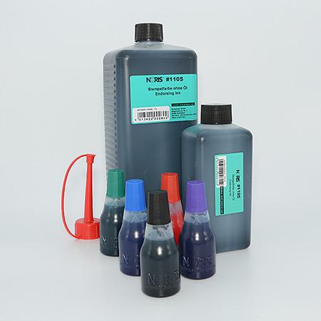 Vattenbaserad standardfärg